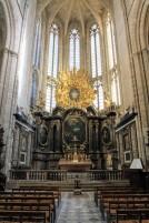 Главный алтарь Базилики /// The main altar of the Basilica