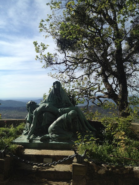 Statue de la Grotte de la Sainte Baume