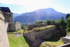 Залитые солнцем укрепления Бриансона /// Sunlit fortifications of Briançon