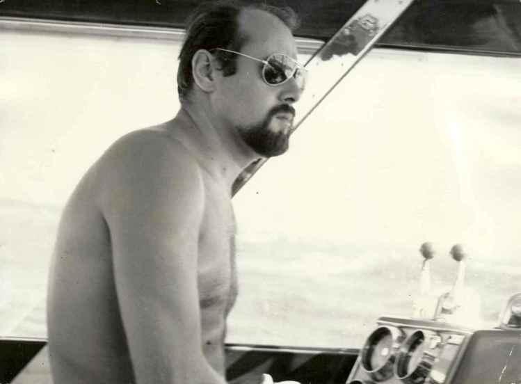 Armand Petit en bateau